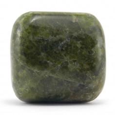 Idocrase (Vésuvianite) 3 à 3,5 cm 30 à 40 g