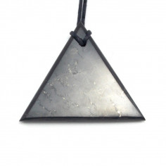Pendentif triangle Shungite Homme
